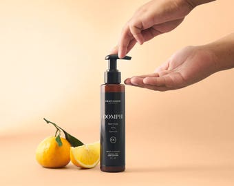 Oomph Hand Sanitizer (4 oz)