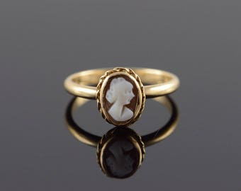 14k Rope Bezel Carved Cameo Ring Gold
