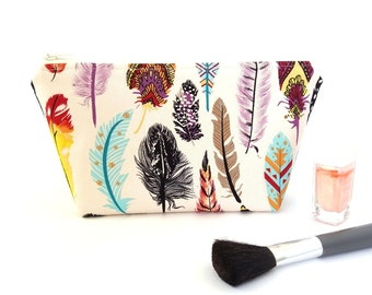 Feather makeup bag, Boho makeup bag, Tribal make up bag, Makeup pouch, Small zipper pouch, Makeup storage bag, Teen girl gifts, Colorful