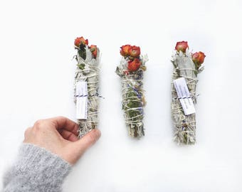 Wild flowers//Ceremonial Smudge Stick//Dried botanicals/White sage/roses/cedar/Wedding ceremony/Bridesmaid bouquet/Wedding style inspiration