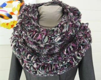 Giant point lace and jersey Snood