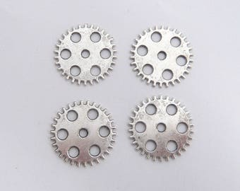 SET of 4 with round 25mm silver steampunk gear