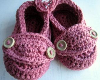 Crochet coton bébé chaussons petit bouton mocassins vous choisir taille et couleurs taille 3 mois prêt à l'expédition
