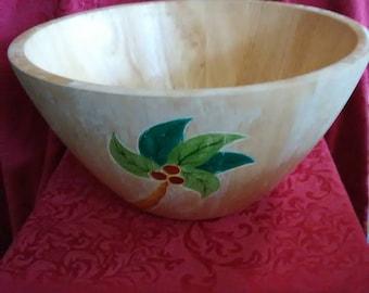 Vintage. Palm tree wooden fruit bowl.