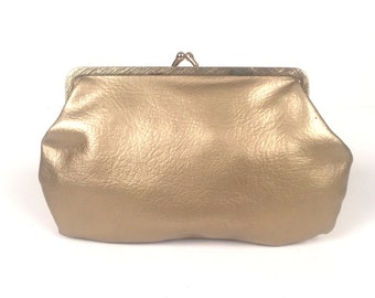 Vintage 1960s Gold Chain/Coin Purse