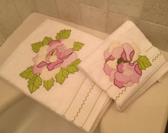 Pair of peony pink towels