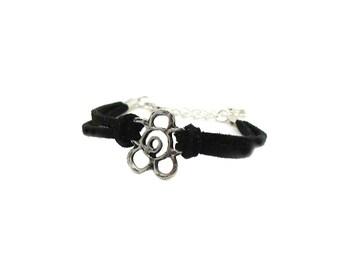 Flower Charm Bracelet, Flower Faux Suede Bracelet, Silver Flower Charm Bracelet, Flower Bracelets, Dainty Flower Bracelet, Floral Bracelet