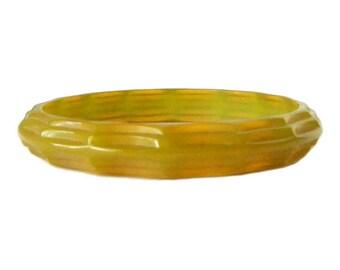 Vintage 1930s Carved Green Bakelite Bangle Bracelet
