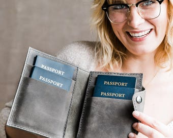 Leather Family Passport Cover... Carries 4 Passports ... Multiple Passport Wallet