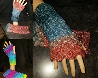 Crocheted Dragon Scale Fingerless Gloves