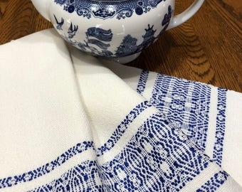 Kitchen Towel Handwoven White and Blue, Guest Towel, Hand Towel, Chef Towel, Hostess Towel, Kitchen Towel, Bath Towel, Woven, Loomed Towel