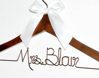 Bride hanger, Wedding hanger, Mrs hanger, Bridal Shower Gift, Personalized Bride Hanger, Personalized Custom Wedding Hanger, dress hanger,