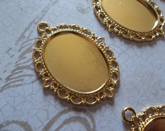 25X18mm Settings - Gold Plated Brass - Oval Pendants - Fancy Bezel Frames - Qty 6
