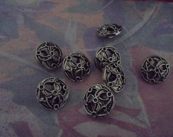 Set of 4 Vintage silver metal 18 mm buttons