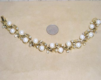 Vintage Sarah Coventry Royal Ballet Rhinestone Bracelet With Faux Pearls Stylish 1961 Signed Jewelry 10091