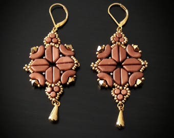 Romantic earrings pink and gold