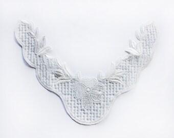 White Lace Necklace Applique, Lace Embellishment Craft, White Lace Jewelry Design, Shabby Chic Lace Applique