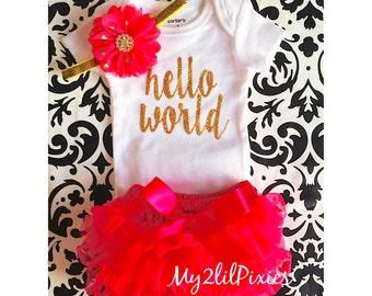 Baby Girl Take home outfit, Bloomer, Onesie and Headband set- Hello World, Newborn baby Girl Onesie, Personalized Newborn Set baby clothing