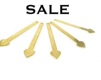 Shiny Gold Plated Heart Drop Stick Engraving Charms (8X) (V497) SALE - 25% off