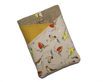 Hand Crafted Kindle Paperwhite Cover with British Birds Padded Nook Glowlight Plus Sleeve 6 Inch Kindle Case for Bird Lovers Gift for Her