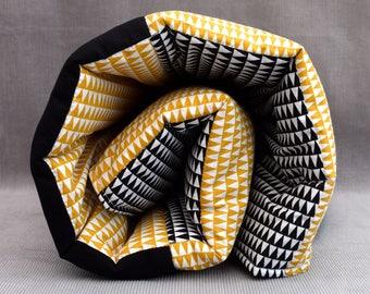 Contemporary play mat (geometric, black, white, mustard)
