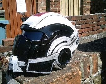 fan art Mass effect helmet (weathered)