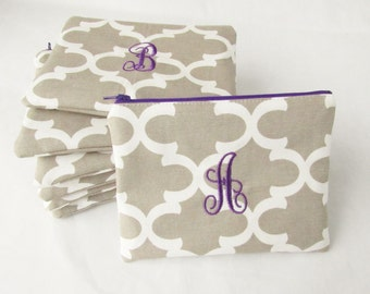 Set of 7 - Monogrammed Makeup bag - Personalized Fulton Pouch - Quatrefoil Bridesmaid Cosmetic Bag - Small