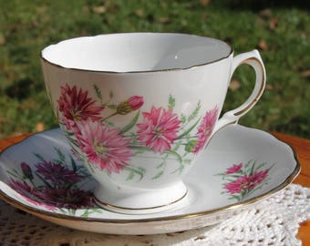 ROYAL VALE Teacup and Saucer Set