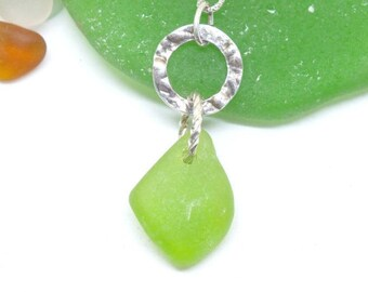 Sea Glass Jewelry, Green Sea Glass, Seaglass, Mermaid Necklace, Beach Jewelry, Beach Glass Pendant, Sterling Seaaglass Pendant, Beach