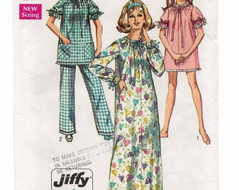 A Simple Sew Long/Short Nightgown/Top with Long/Short Sleeves and Elastic Waist Pants Pattern for Women: Size Small (8-10) • Simplicity 8511