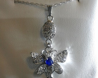 Butter fly Pendant 14 kt white gold and diamond