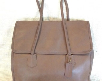 15% OFF SALE Genuine vintage COACH tan leather shopping tote bag with flap