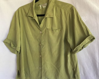 Green Silk Blouse,Green Silk Top,Light Green Top,Loose Green Blouse,Green Blouse,Green Shirt,Light Green Blouse,Green Top,Loose Green Top