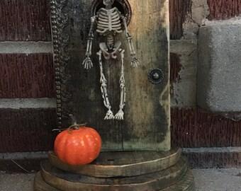 Miniature Skeleton, Miniature Dollhouse Skeleton, Miniature Fairy Garden Skeleton, Miniature Halloween Skeleton