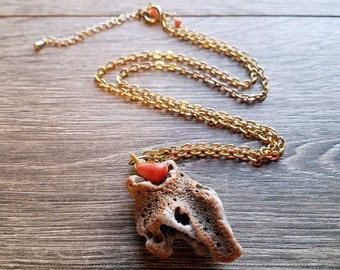 Ma'alaea Memories- Freeform Genuine Hawaiian Coral Vintage Chain Pendant Necklace