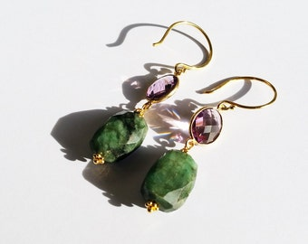 Queen amethyst and emerald earrings