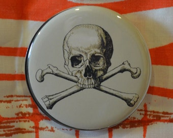 Skull Crossbone Compact Mirror