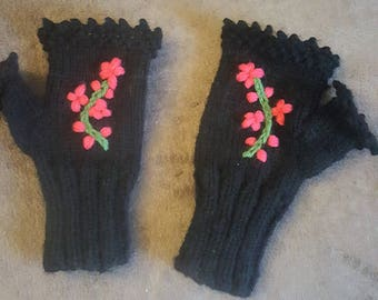 Black hand knit fingerless gloves