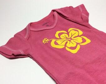 Sample sale - Hibiscus Baby bodysuit size nb - cute - short sleeve