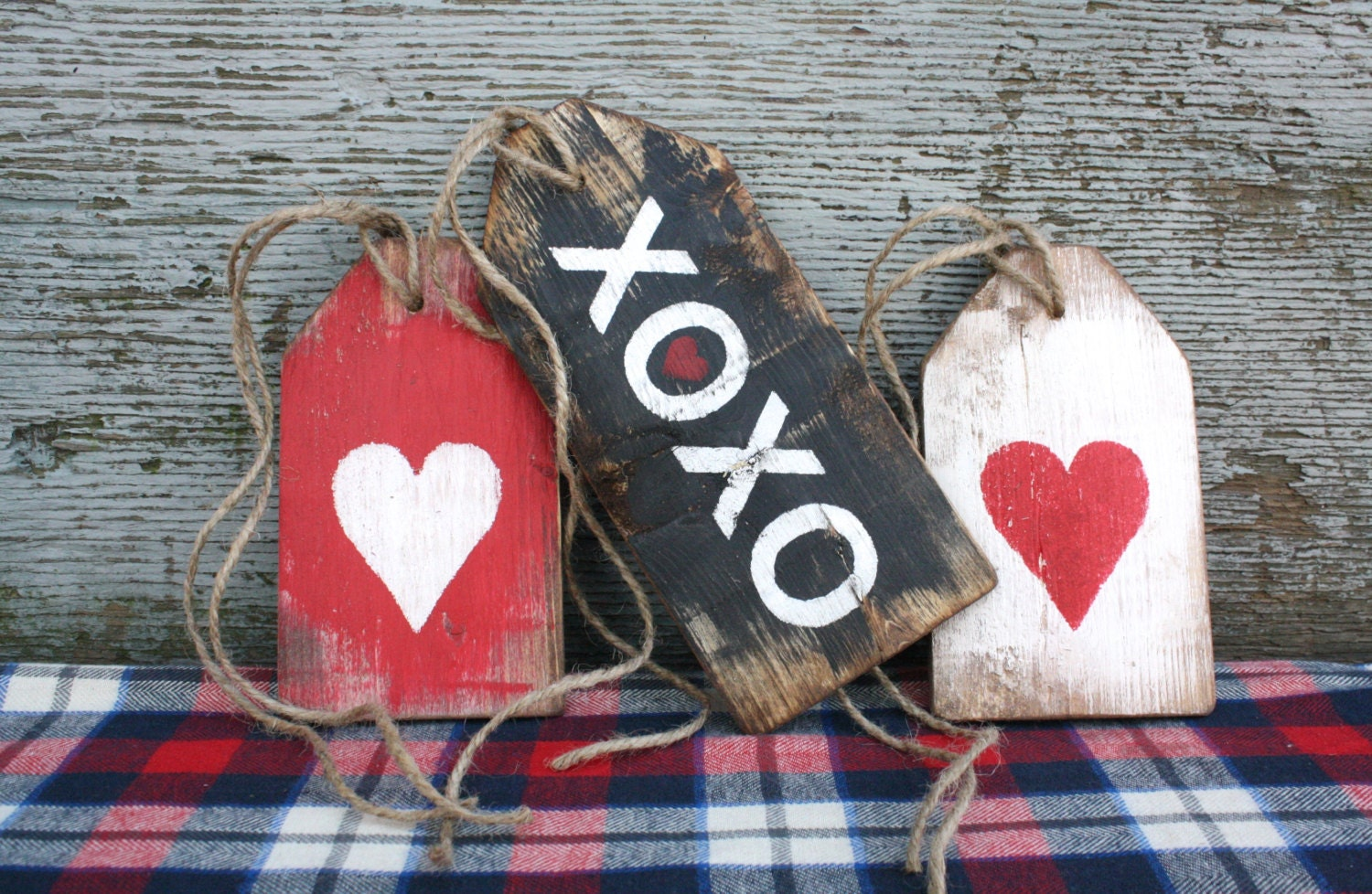 XoXo Valentine\u0027s Day Rustic Distressed Love Wood Large