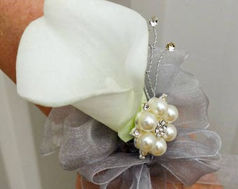 Wrist corsage - White calla lily wrist corsage, Wedding corsages, Mother of the bride corsage