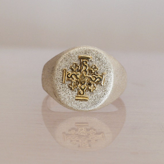 chevali re homme argent bague en or avec une croix de. Black Bedroom Furniture Sets. Home Design Ideas