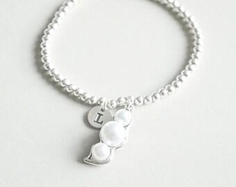 Pea pod Bracelet, Peas in a Pod Bracelet, Pearl Bracelet, Pea Pod Jewelry, 3 Peas, Three peas in pod, 3 peas in a pod, Mom Bracelet gift
