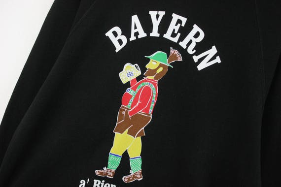VTG — BAYERN FCB — Raglan Sweatshirt Jumper Pullover Blouse Beer Culture — Large L — Rare European Vintage Fashion 古着 Sportswear Streetwear
