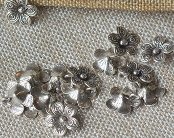 Hill Tribe Silver, Hill Tribe Beads, Hill Tribe Jewelry, Flower Charm, Stamped Charms, Hill Tribe Charms, Thai Charms, Pairs, AL16-304