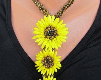 THREE SUNFLOWERS  beaded glass necklace