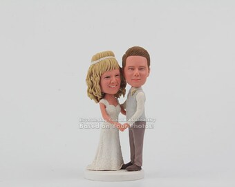Custom wedding cake toppers Sculpted From Your Pictures, Personalized wedding cake topper, custom cake toppers, Mr and Mrs Cake Topper