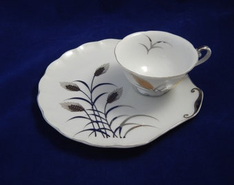 Vintage Set of Four Snack Plates and Cups
