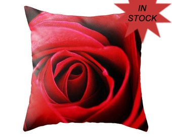 "18"" Rose Cushion Cover, Red Rose, Floral Photo Pillow Case, Romantic Bedroom Decor, Feminine, Unique Canadian Handmade Valentine's Day Gift"