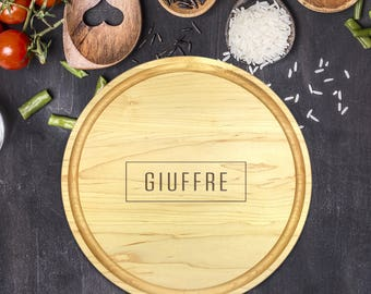 Custom Round Cutting Board, Personalized Round Cutting Board, Wedding Gift, Gift for Couple, Bridal Shower Gift, Christmas, Name, B-0087